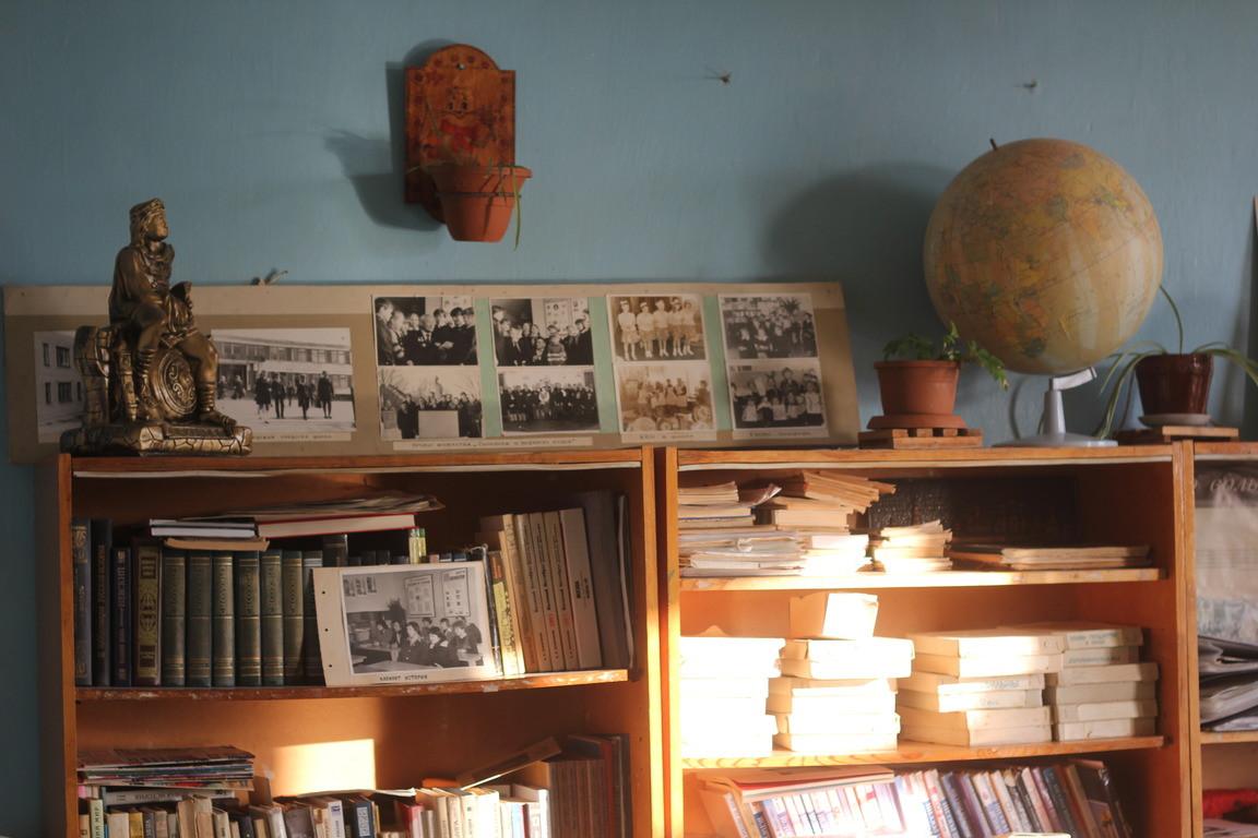 Оставить работу в научной лаборатории и стать учителем в деревенской школе: история Николая Панюшева