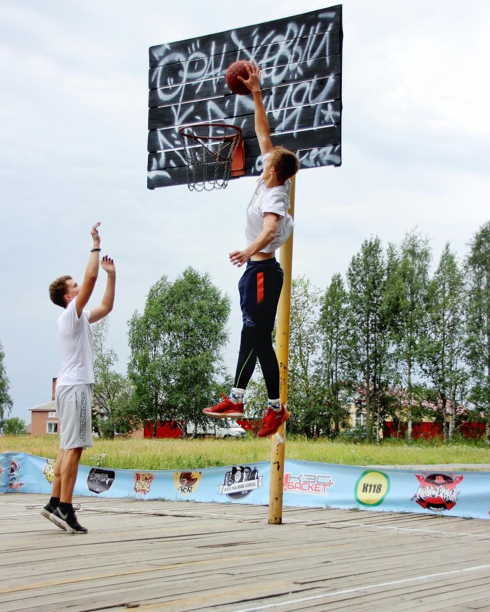 Студент Арктического университета перевёлся в НовГУ ради баскетбольной карьеры