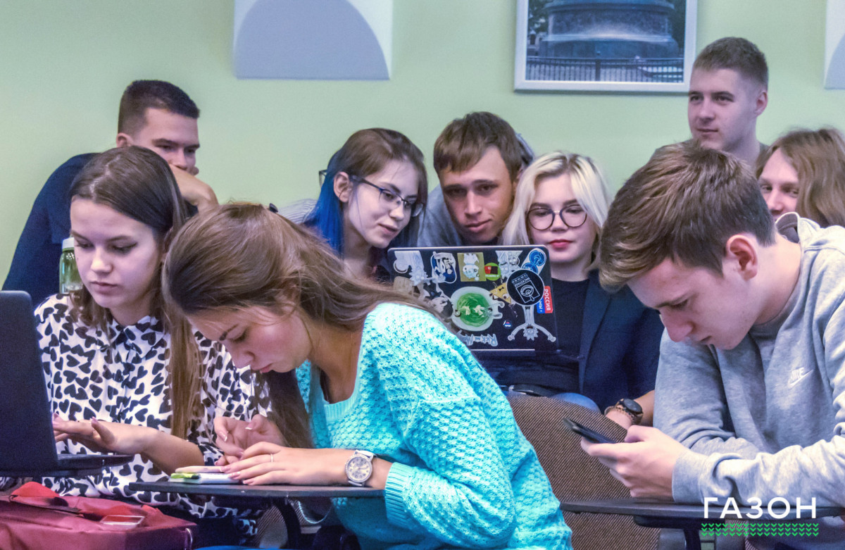 Все «за» и «против» проектов:  Мнения о новой системе обучения в Новгородском университете