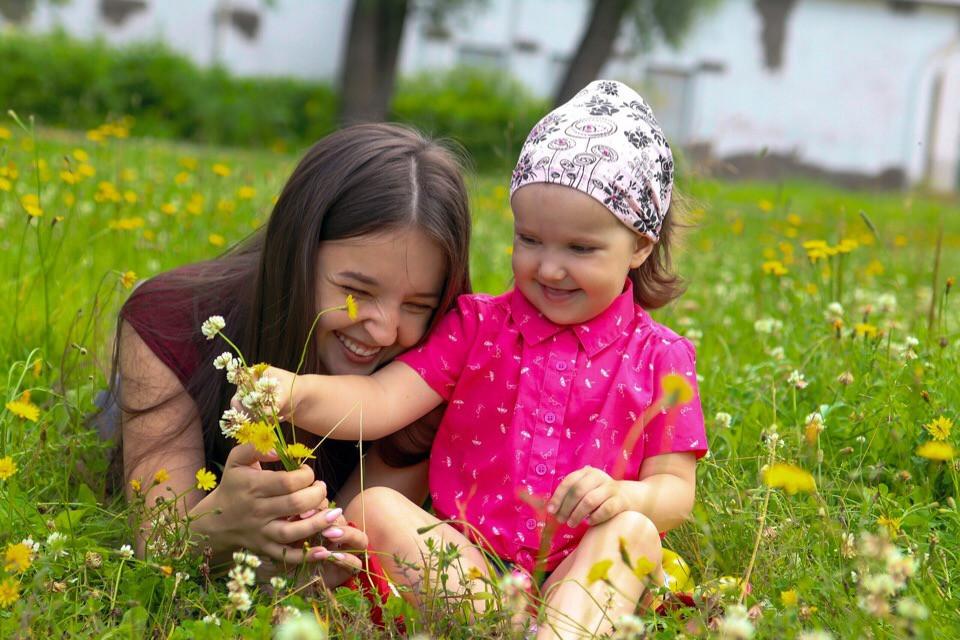 Маленькие женщины. Как мама и дочка из новгородской глубинки вместе с врачами победили рак
