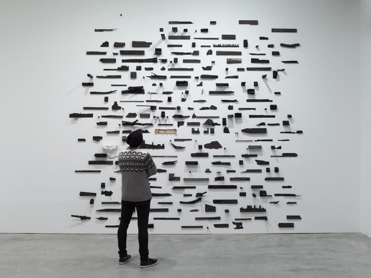 Нарисованные скульптуры и искусство из чайных пакетиков: Александр Усачев о любимых современных художниках