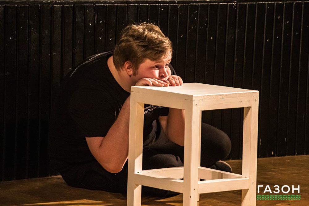 На самоизоляции студенты актерского курса создавали этюды, наблюдая за ютуберами